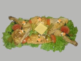 plat de poulet froid et mayonnaise pour buffet