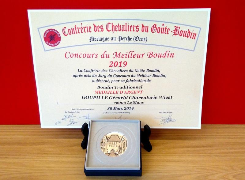 diplôme et médaille récompensant notre fabrication de boudin noir