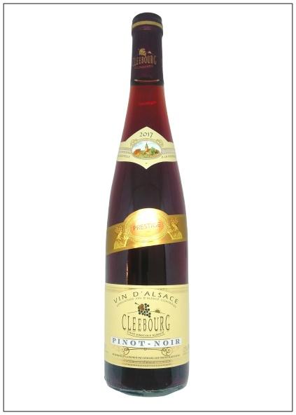 bouteille de vin d'Alsace : le pinot noir, l'un des rares vins rouges des cépages alsaciens
