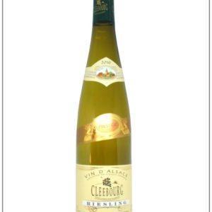 le vin blanc le plus sec des cépages alsaciens : le Riesling pour accompagner vos choucroutes