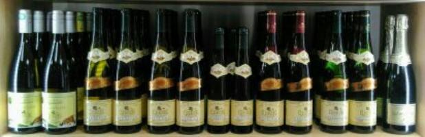 toute la gamme de vin d'Alsace proposée à la charcuterie Wiest